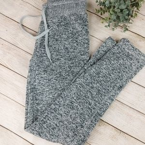 Made for Eachother Heather Grey pants sweatpants jogger athleisure comfy XS